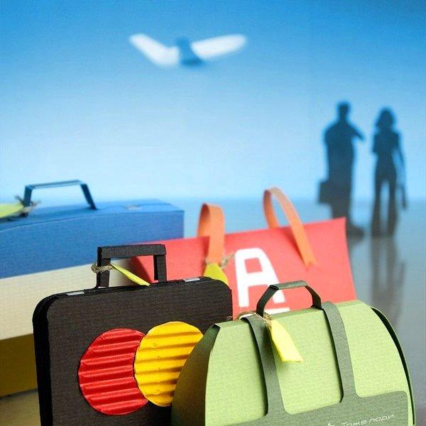 Путешествия, отдых, туризм, смартфон, дикая природа, внезапный шторм, дремучий лес, медведи, Какие гаджеты взять в отпуск?