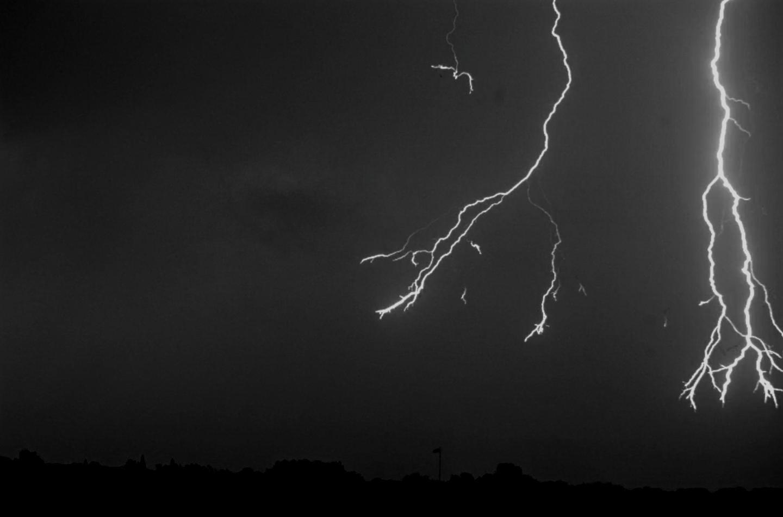 Рождение молнии сняли на уникальную сверхскоростную камеру