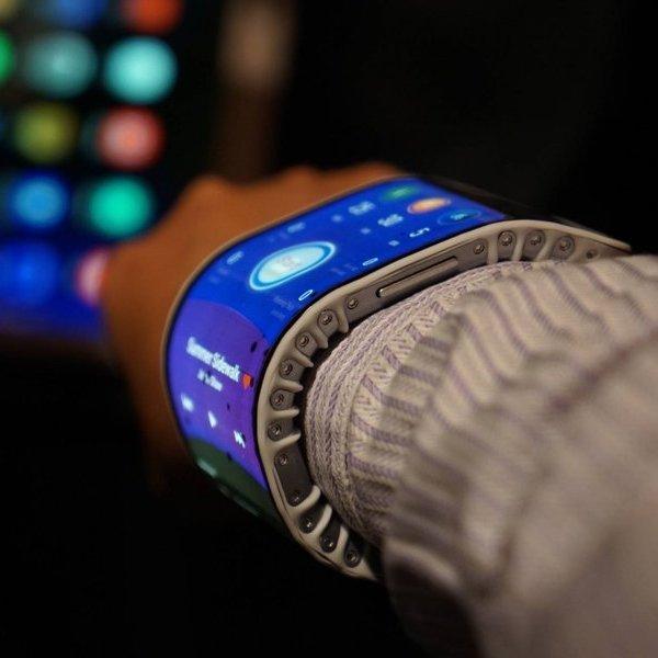 Samsung, LED, OLED, гибкий экран, телевизор, смартфон, планшет, Samsung запатентовала складывающийся смартфон с гибким экраном