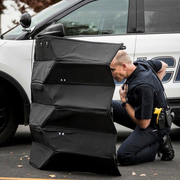YouTube,видео,рецензия,оружие, В США испытали пуленепробиваемый щит-оригами