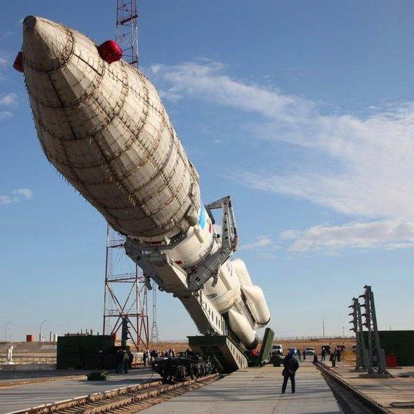 Россия,космос,спутник, Ракета-носитель вывела на орбиту необычный спутник