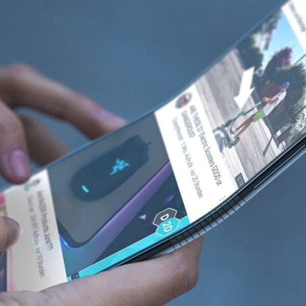 смартфон, Появились первые изображения гибкого смартфона Samsung Galaxy X